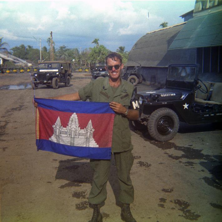 Cambodian_flag_sm